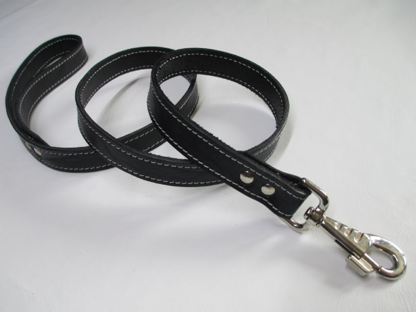 black English Bridle leather long lead,
